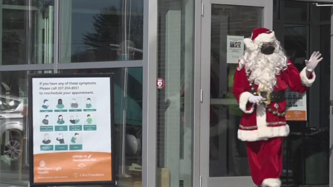 Santa Claus visits vaccination sites to thank workers and volunteers