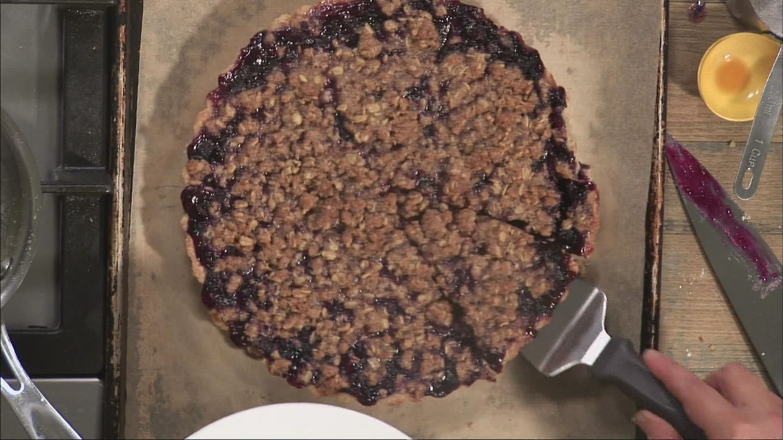 Turning your fresh Maine blueberries into a delicious blueberry tart