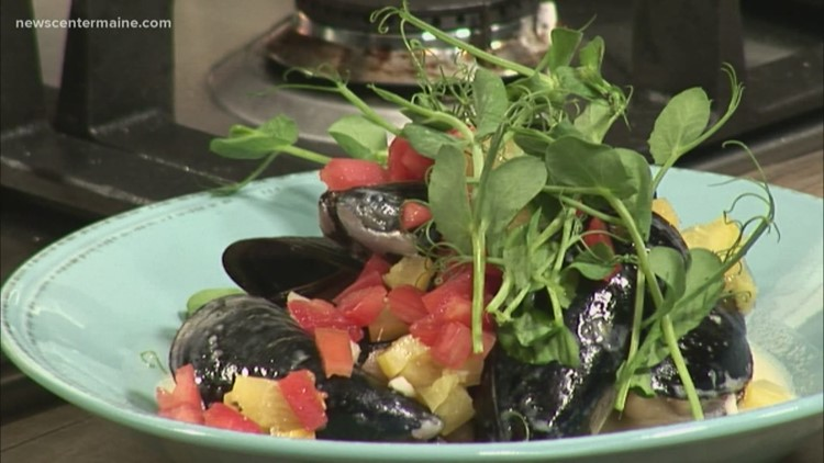 Provender Mussels from Chef Daron Goldstein