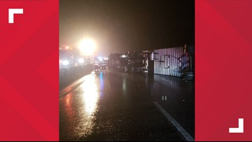 Tractor trailer crash shuts down I-295 southbound