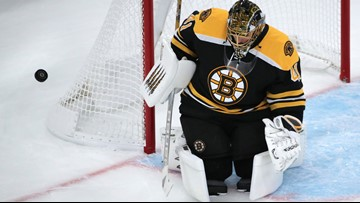Halak shows no sign of off-season rust in return to net