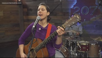 Emilia Dahlin Trio moves through her jazz like the ocean in a storm