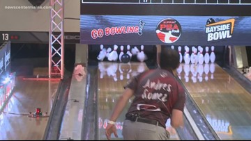 Professional bowlers tour visits Maine