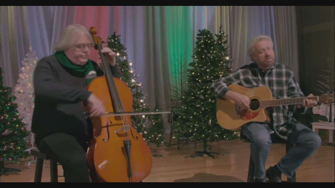 Don Campbell sings Christmas music on 207