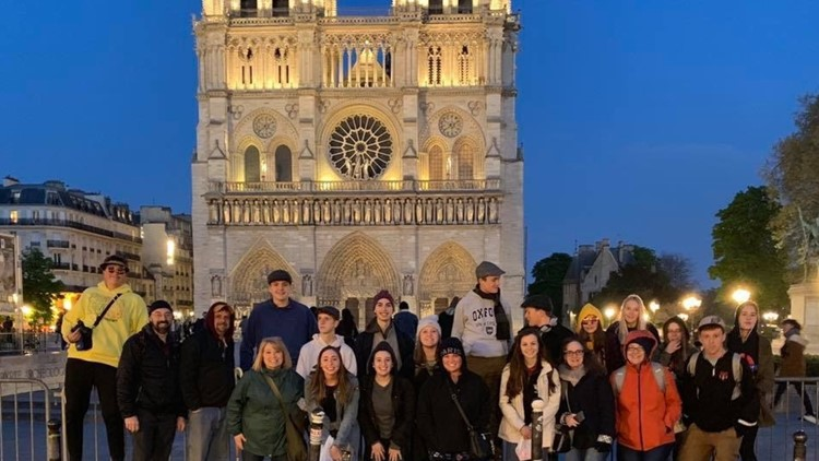 Gardiner Students at Notre Dame hours before fire