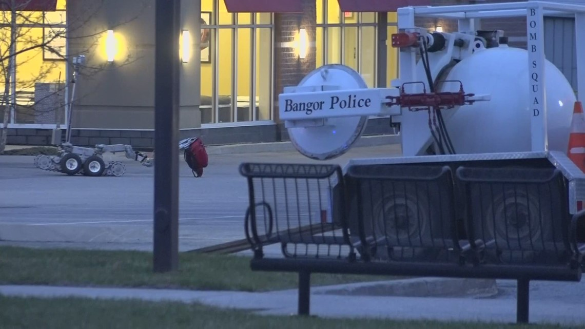 Bangor police and bomb squad respond to suspicious package in Stillwater