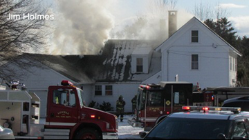 Fryeburg fire closes parts of Route 5