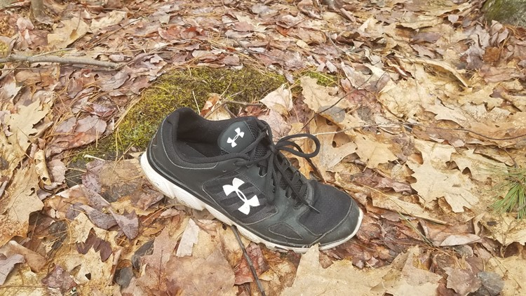 Sneaker that linked Travis Card to armed robberies in greater portland area