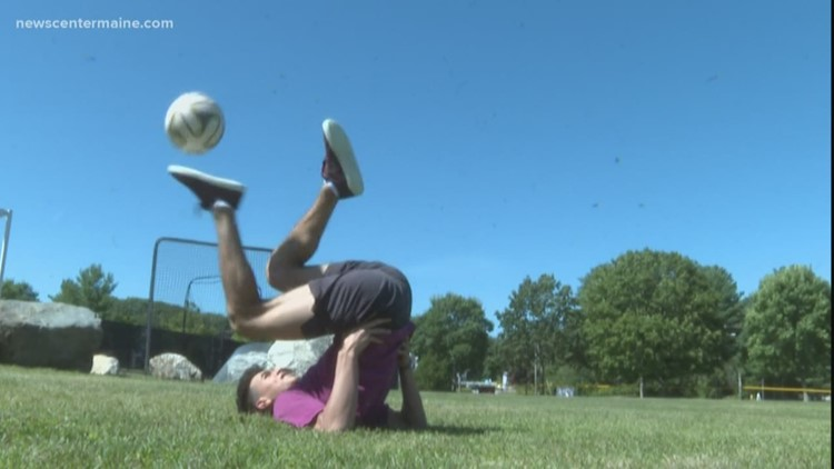 North Yarmouth teenager competes in freestyle soccer