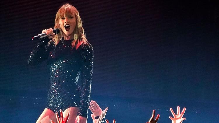 Taylor Swift Postpones Live Appearances Performances To 2021 Newscentermaine Com