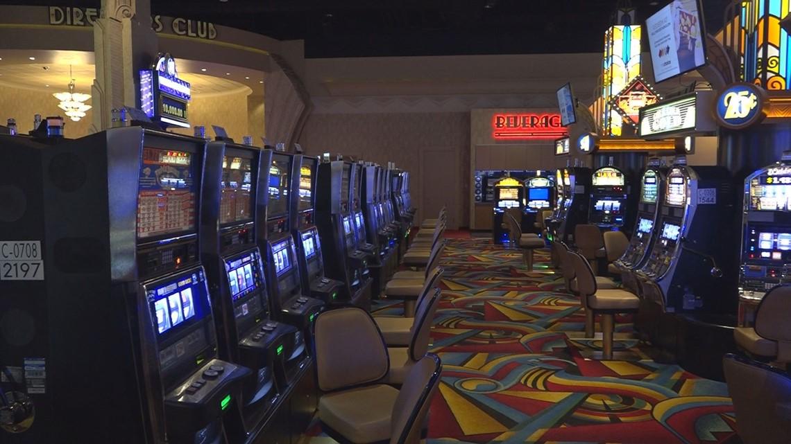 Hollywood casino oxford maine casino royale las vegas cheap drinks