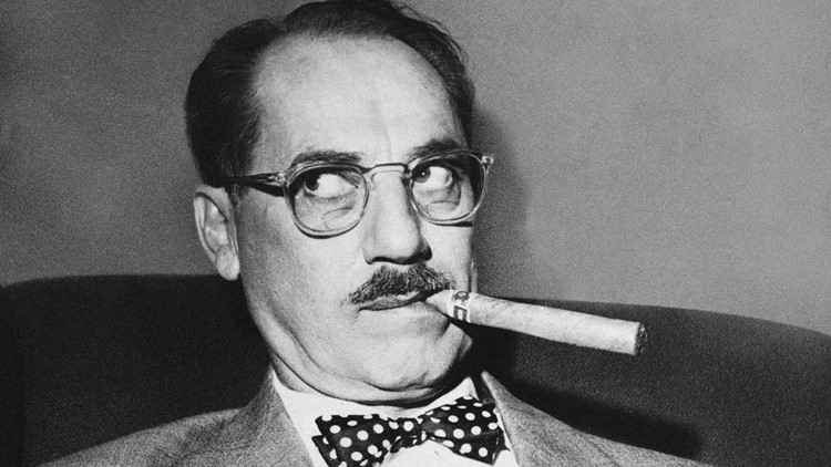 Groucho Marx rolls his eyes