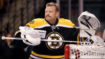 Tim Thomas gets a Hall of Fame plaque to go with his name on the Stanley Cup