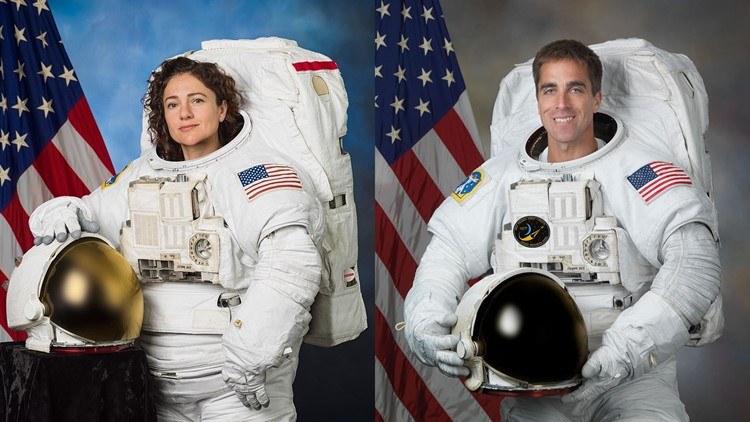 Maine astronauts to shake hands in space