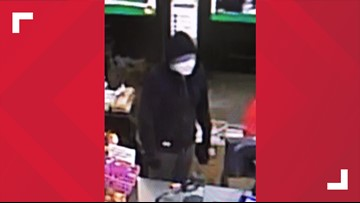 Old Orchard Beach Police still looking for man who robbed Family Dollar
