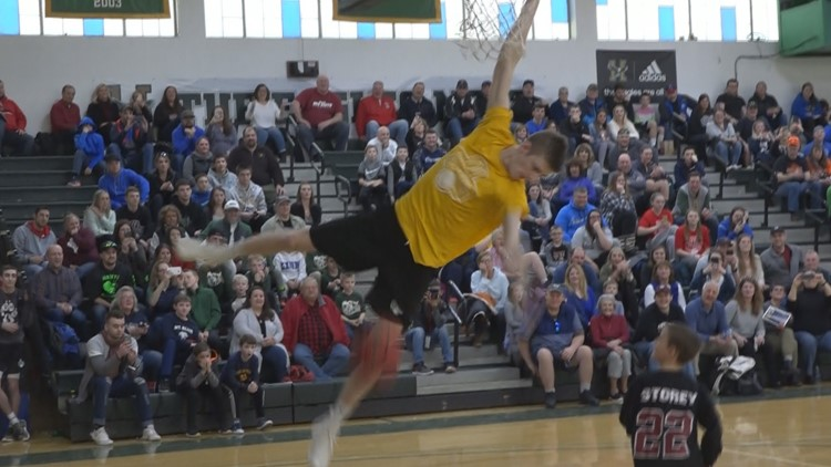 High school basketball all-stars play for a cause