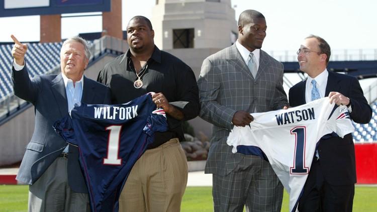 Vince-Wilfork_Ben-Watson_Patriots