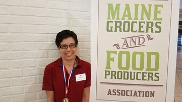 Bar Harbor Hannaford employee wins national bagging competition