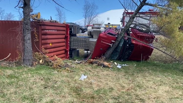 Tractor-trailer rollover in Portland causing delays on Maine Turnpike