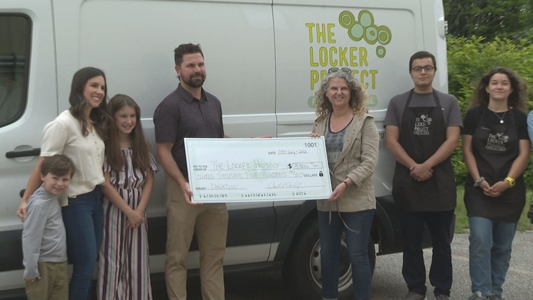 Maine Mariners coach donates funds from his 'Skills Challenge' to the Locker Project
