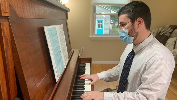 School music teacher creates Christmas album to benefit Good Shepherd Food Bank