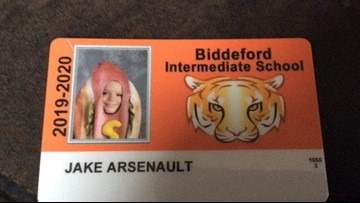 Maine school allows student to wear hot dog costume for his ID picture