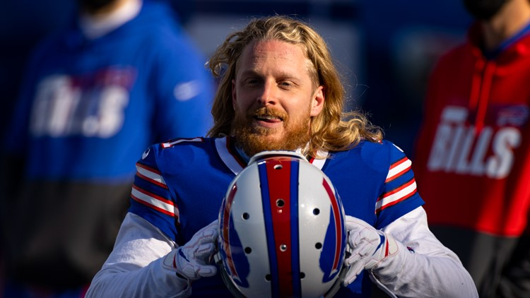 Bills WR Cole Beasley rips NFL, NFLPA over vaccination protocols