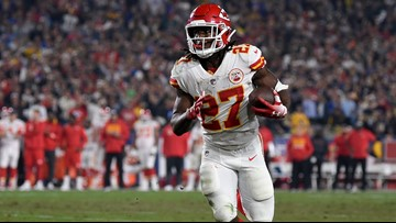 Cleveland Browns sign RB Kareem Hunt