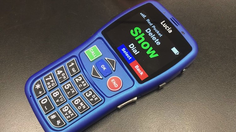 """Lucia"" Phone (2)"